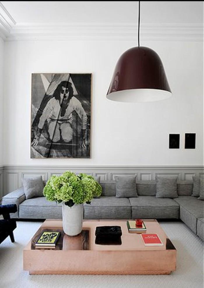 joli-canapé-gris-chiné-canapé-d-angle-gris-salon-moderne-murs-blancs-lampe-de-salon
