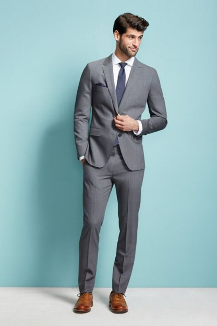 Le costume gris anthracite homme en 40 photos - Costume gris homme ...