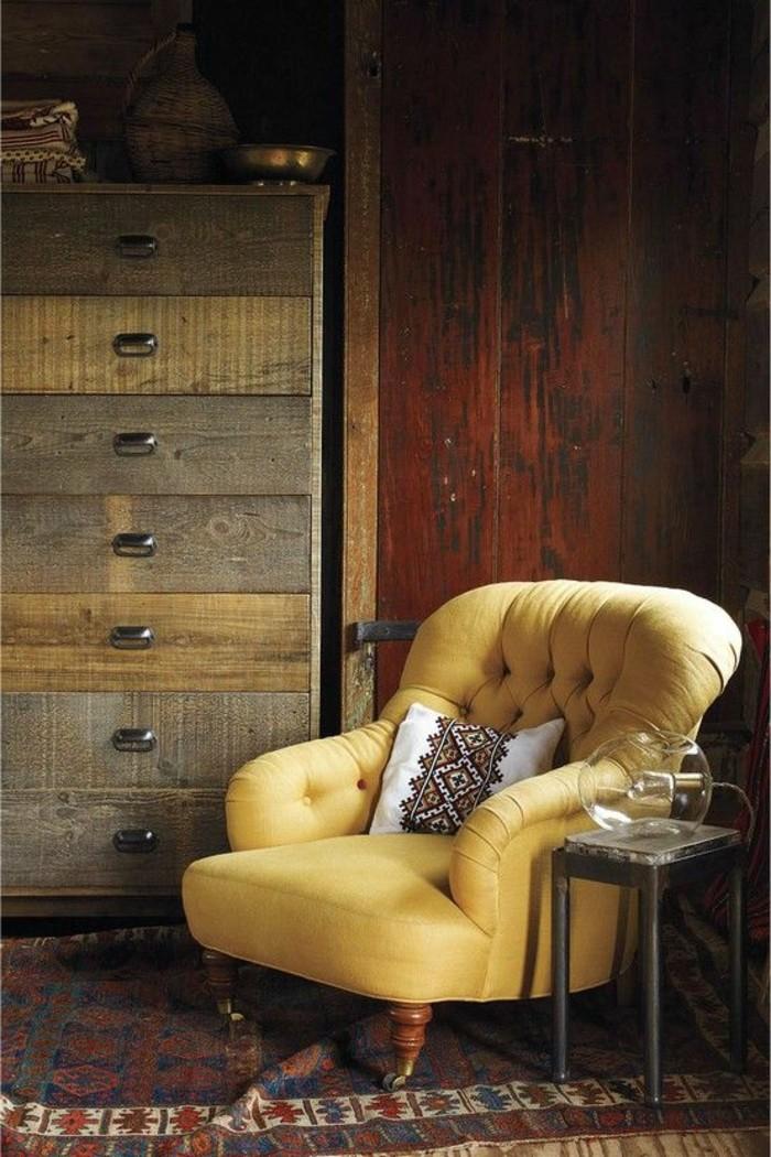 joli-fauteuil-cabriolet-fauteuil-crapaud-pas-cher-de-couleur-jaune-fauteuil-en-cuir-jaune