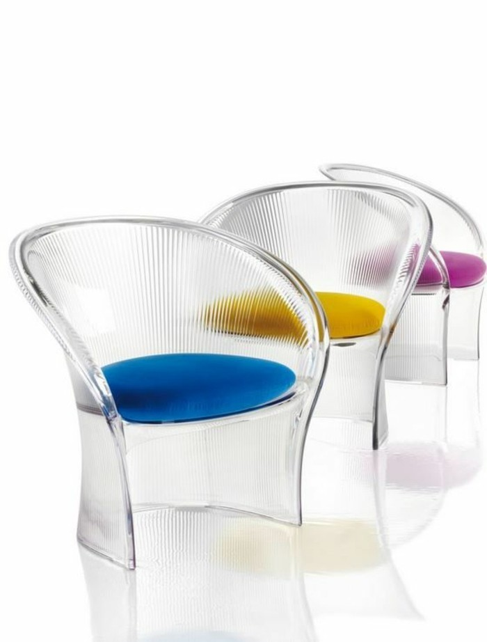 Pourquoi choisir la chaise design transparente for Conforama chaise transparente