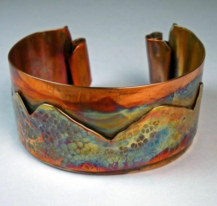 jolie-idee-pour-une-bracelette-bijoux-a-faire-soi-meme-bracelette-moderne