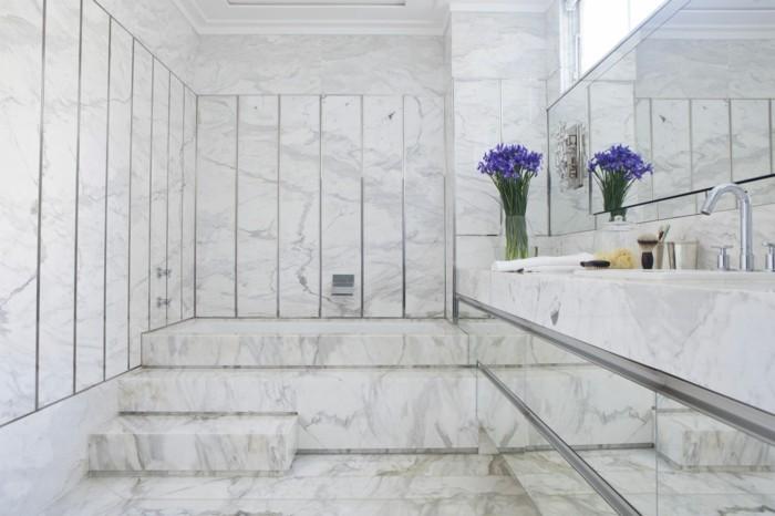 jolie-salle-de-bain-carrelage-effet-marbre-carrelage-en-marbre-blanc