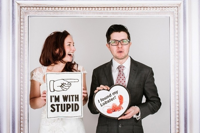 l-image-cool-pose-photo-mariage-originale-site-deco-mariage-cadre-je-suis-avec-stupid