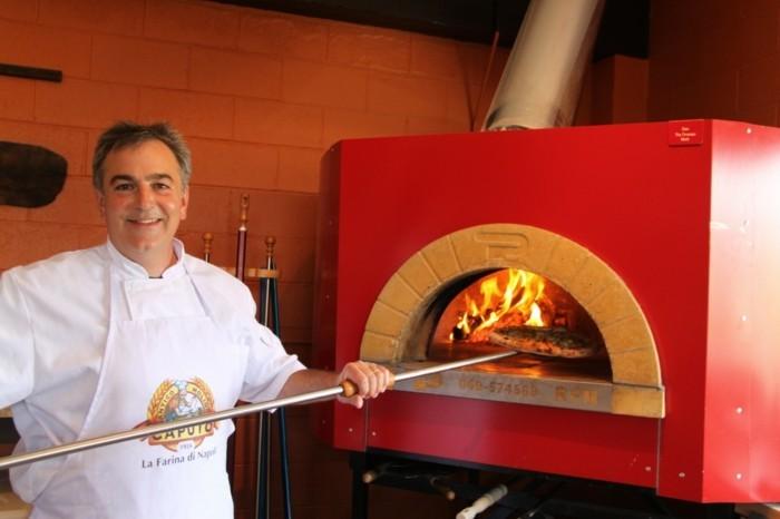 la-beauté-de-la-pizza-italienne-pest-cool