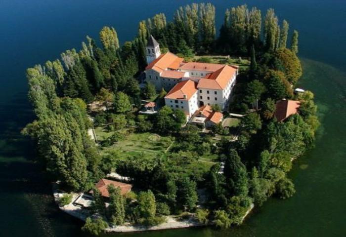 A la recherche de la plus belle maison du monde for La maison la plus grande au monde
