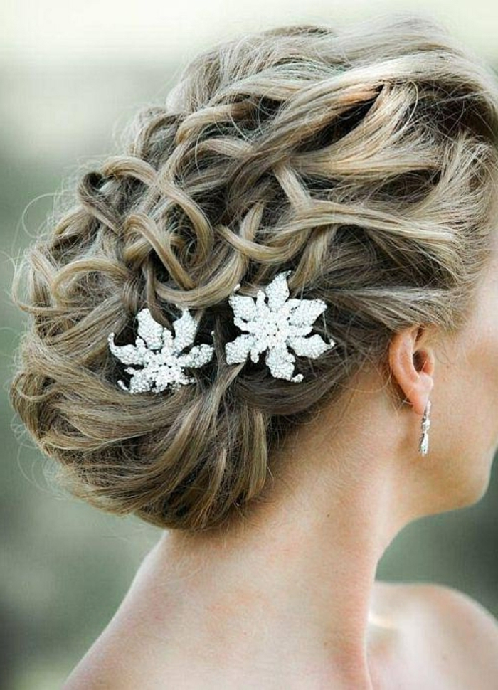 ... -bouclé-mariage-idee-coiffure-chignons-mariage-photo-coiffure-image