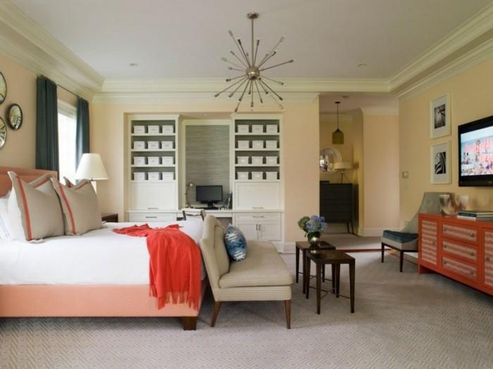 le-salon-moderne-en-corail-couleur-idee-deco-salon-lit