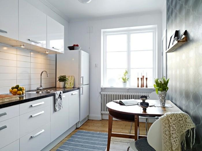 Am nager une petite cuisine 40 id es pour le design for Plan cuisine petit espace