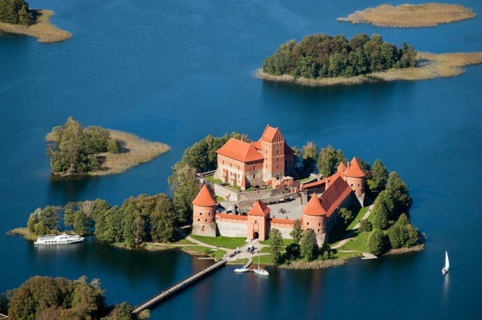 les-plus-belles-maisons-au-monde-la-plus-belle-maison-du-monde-chateau-le-plus-beau
