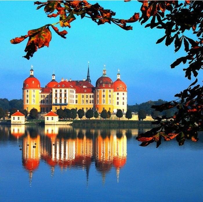 les-plus-belles-maisons-au-monde-la-plus-belle-maison-du-monde-lac-chateau