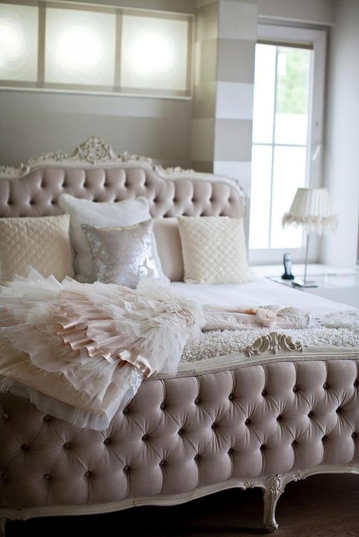 lit-baroque-grand-lit-baroque-belle-chambre-vintage