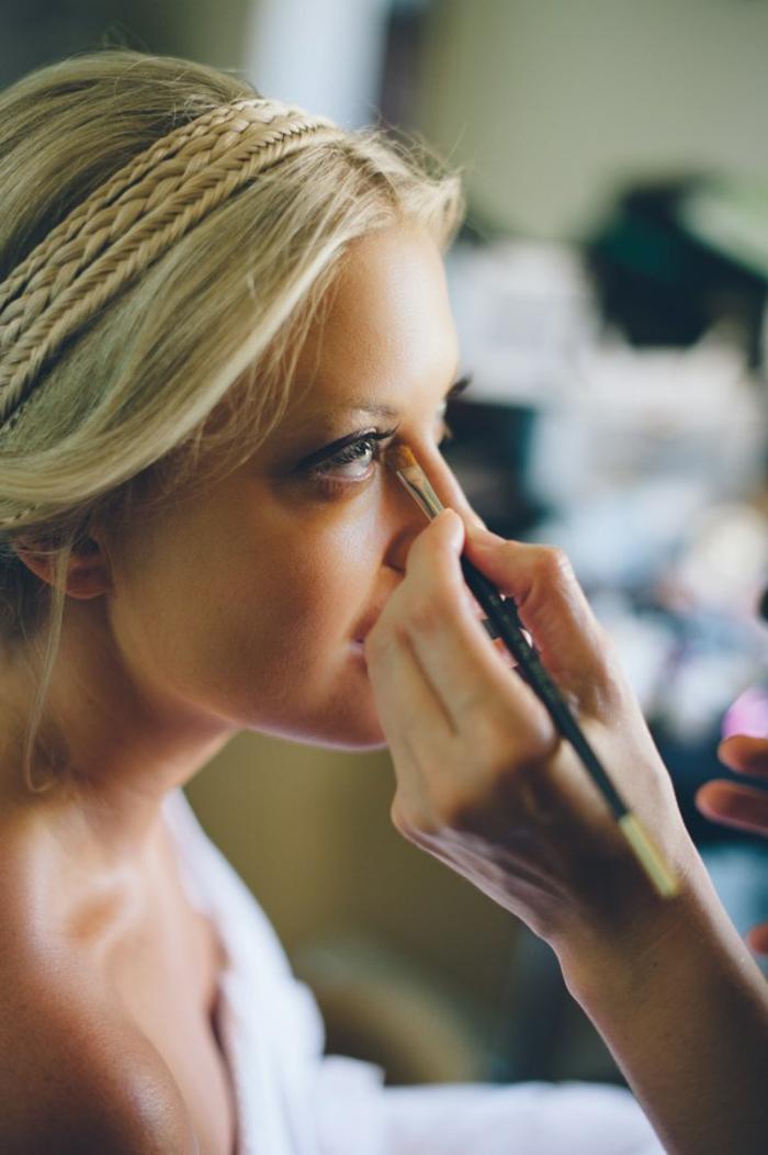 magnifique-chignon-mariage-cheveux-mi-long-coiffure-pour-mariage-faire-le-maquillage