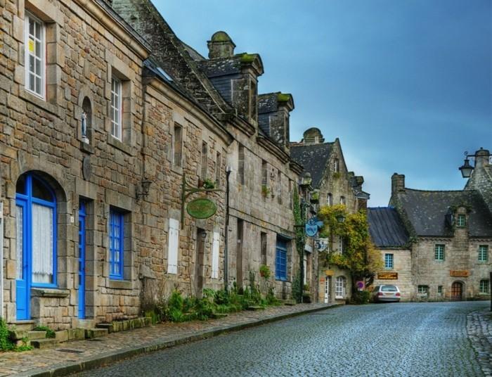 magnifique-les-plus-belles-maisons-d-architecte-du-monde-maison-de-vacances-à-louer-pierre