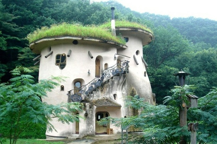 Les maisons les plus originales du monde gallery of - Habitation originale javier senosiain ...