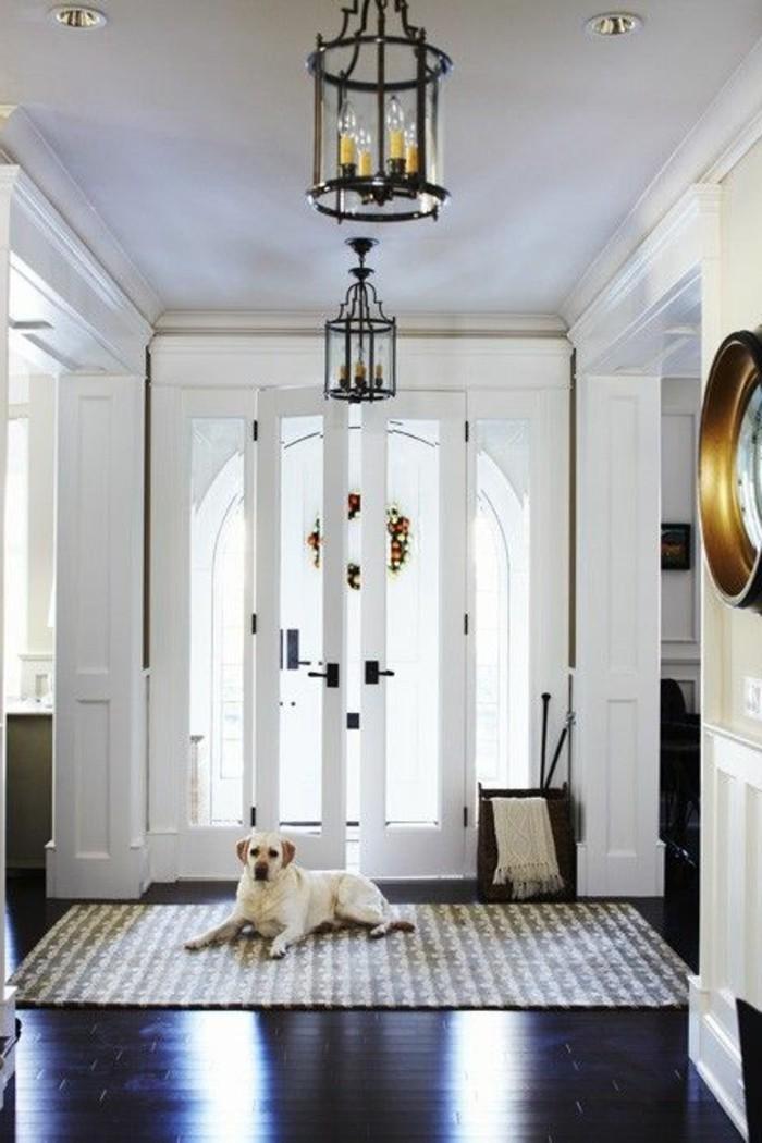 maison-pour-toute-la-famille-porte-d-entrée-design-porte-zilten-sol-en-planchers-en-bois-porte-d-entréе-design