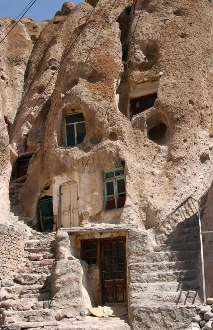 maison-troglodyte-architecture-troglodyte-incroyable
