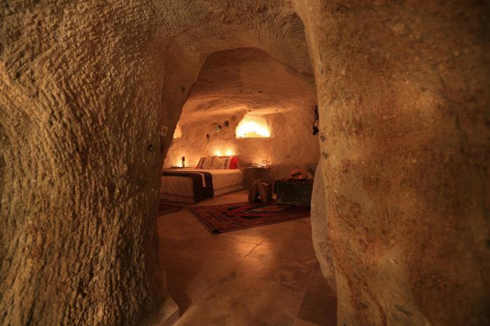 maison-troglodyte-hôtel-dans-la-cave