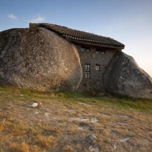 La maison troglodyte - architecture au coeur de la nature