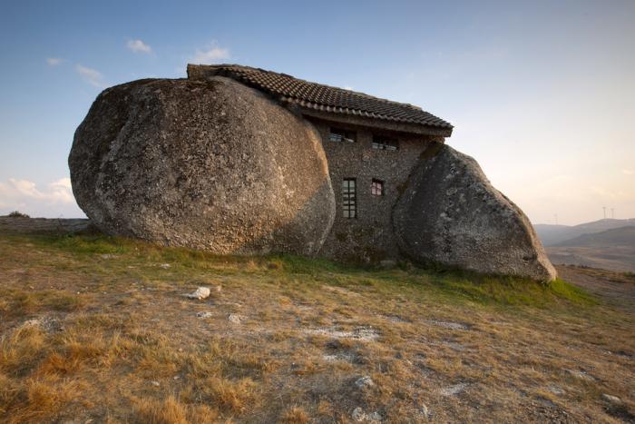 maison-troglodyte-incroyable-maisons-dans-les-pierres