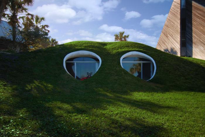 maison-troglodyte-sous-la-dune-habitation-troglodytique-moderne