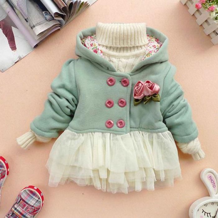manteau-bébé-fille-fermeture-double-boutonnière