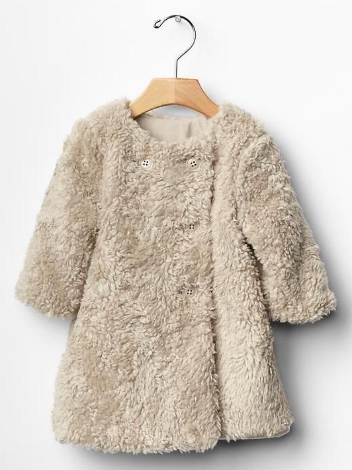 manteau-bébé-fille-vetement-bébé-en-fausse-fourrure