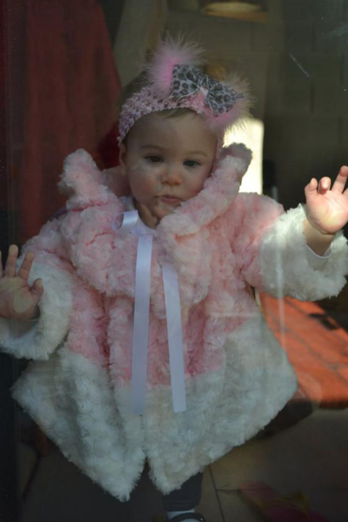 manteau-bébé-fille-vetements-bébé-moelleux