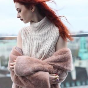Le manteau en fausse fourrure - une tendance depuis toujours