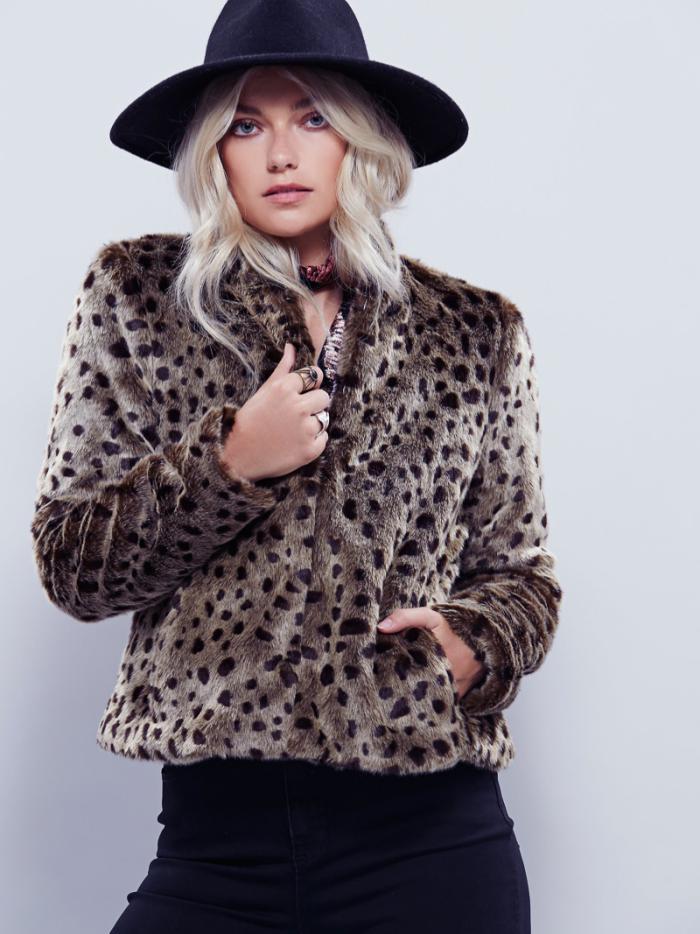 manteau-en-fausse-fourrure-imitation-fourrure-léopard
