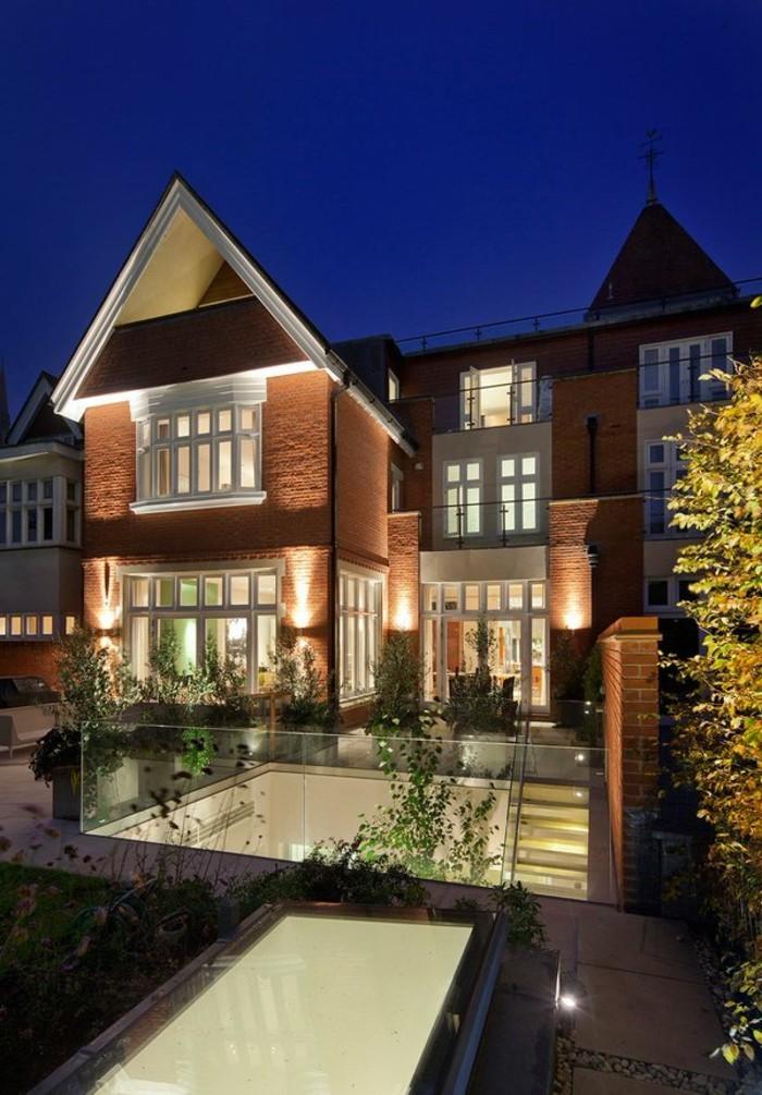 merveilleuse-les-plus-belles-maisons-des-stars-villa-contemporaine-classique