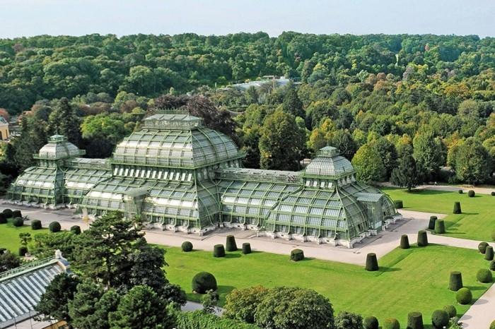 merveilleuse-les-plus-belles-maisons-des-stars-villa-contemporaine-glace