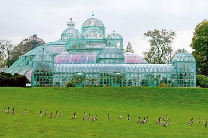merveilleuse-les-plus-belles-maisons-des-stars-villa-contemporaine-verre