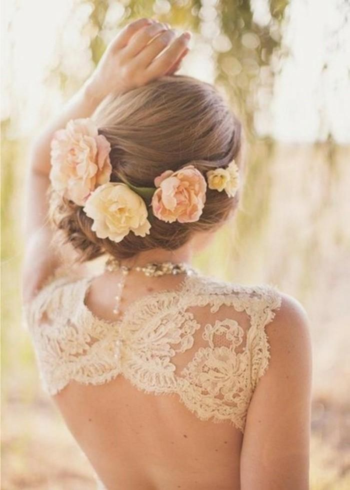 merveilleux-chignon-tressé-mariage-tendance-coiffure-2015-gleurs