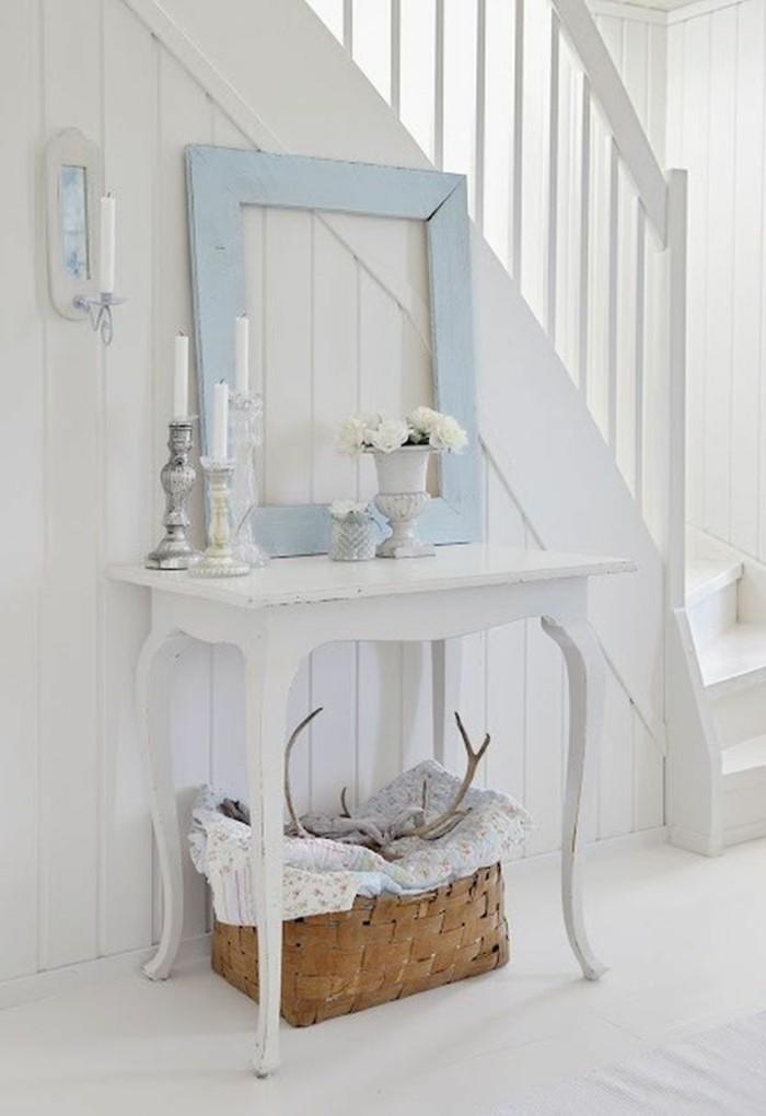 meuble-gustavian-tapisserie-kitch-quels-meubles-choisir-pour-l-entrée-de-la-maison
