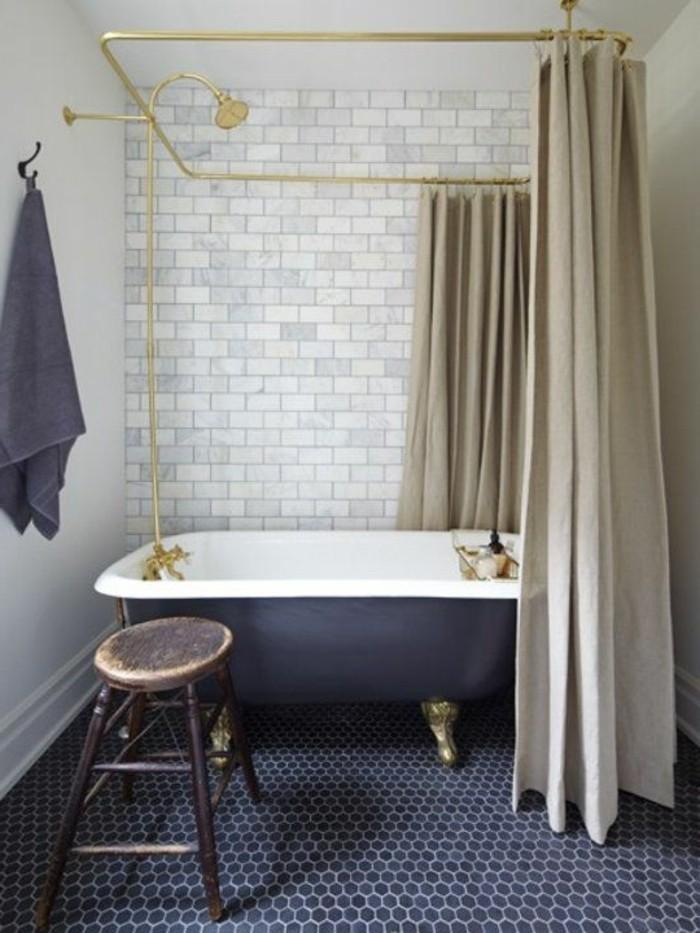 40 photos d 39 int rieur de la baignoire ancienne - Salle de bain ancienne bois ...