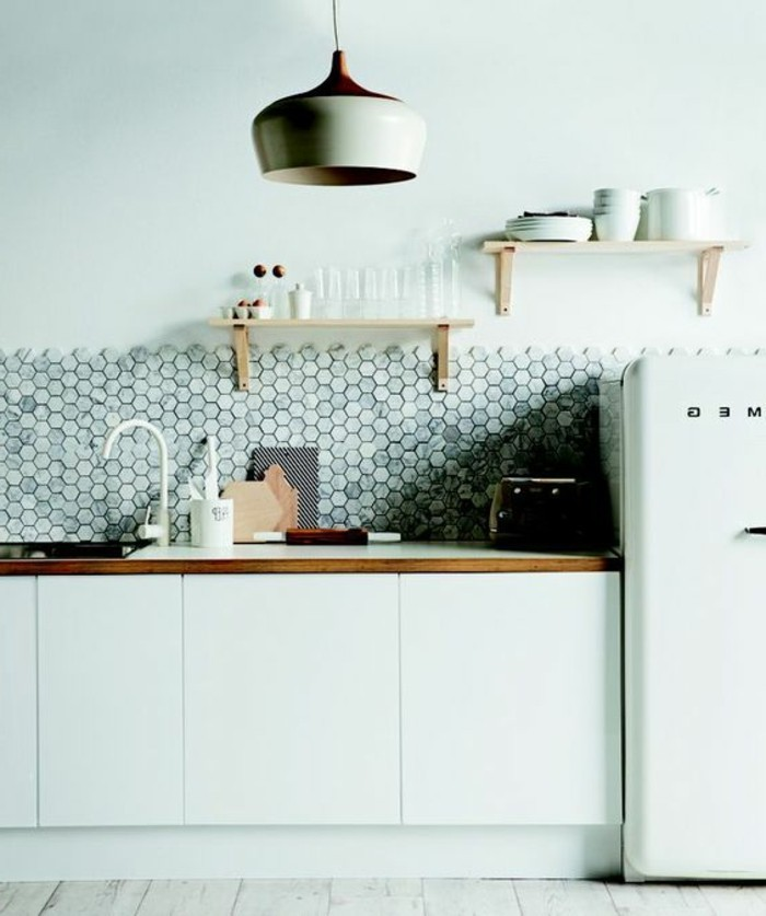 mosaique-marbre-gris-blanc-pour-la-cuisine-carrelage-marbre-leroy-merlin-pour-la-cuisine-moderne