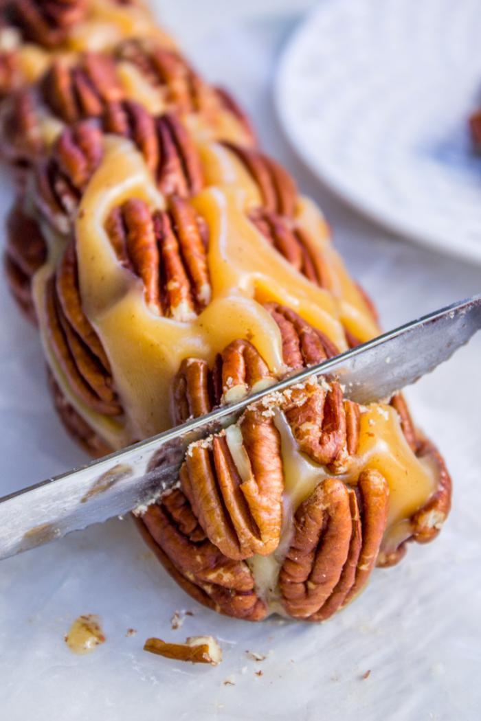 nougat-tendre-rouleau-de-nougat-jaune-au-caramel