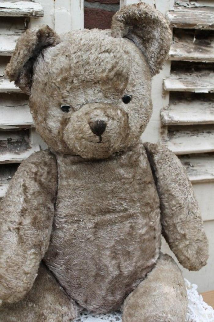 ourson-en-peluche-ours-en-peluche-souriant