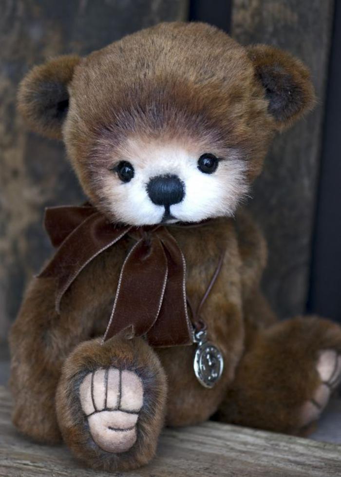 ourson-en-peluche-peluche-ours-nounours-enfant
