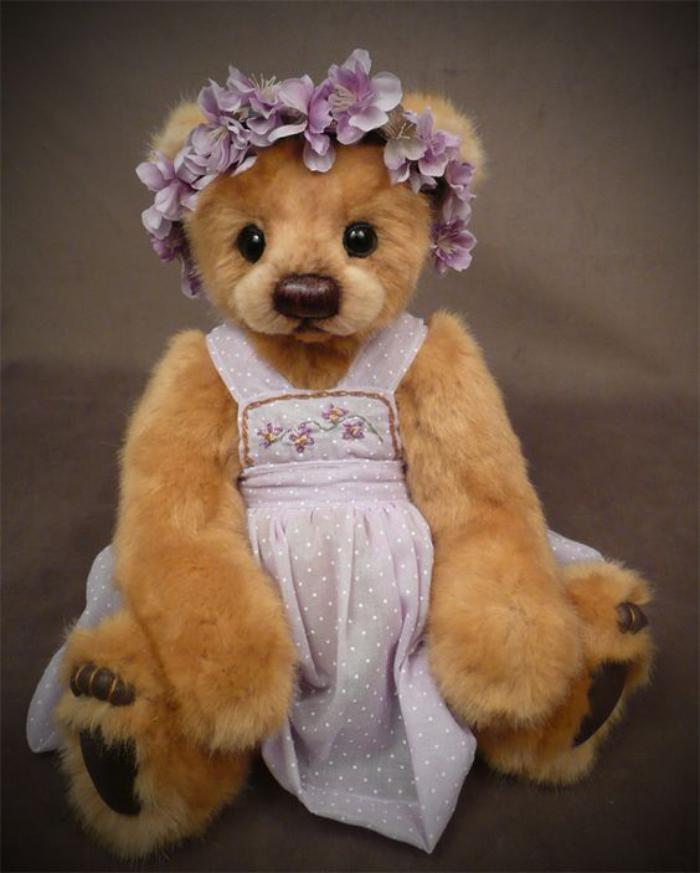 ourson-en-peluche-teddy-bear-fille-ours