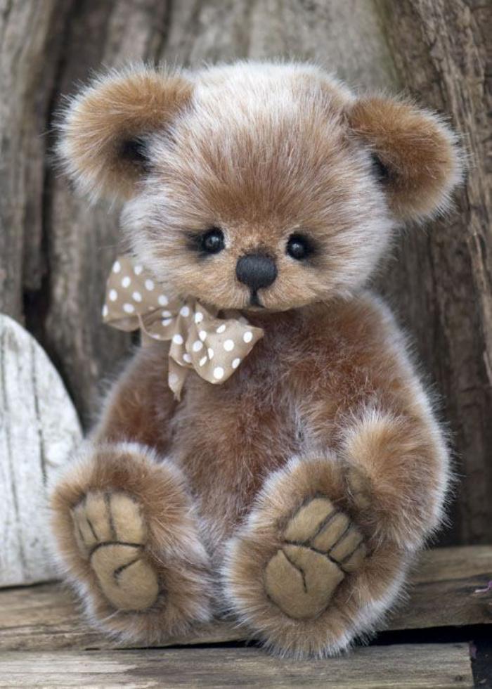 ourson-en-peluche-teddy-bear-moelleux