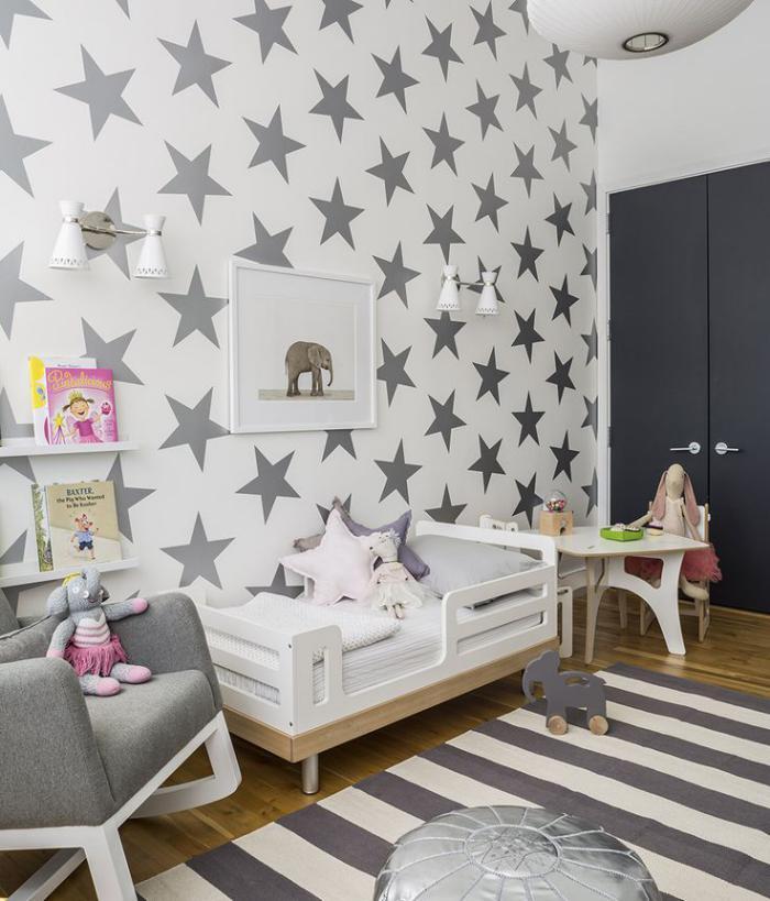 papier-peint-blanc-design-étoiles-grises