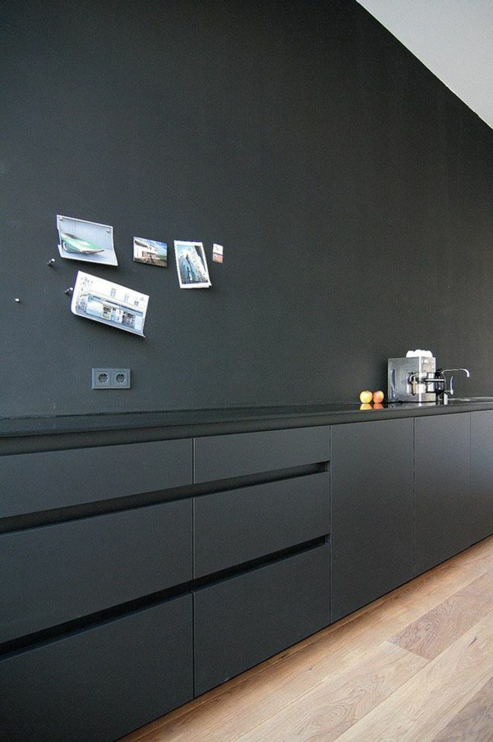 Le gris anthracite en 45 photos d 39 int rieur - Cuisine carrelage gris anthracite ...