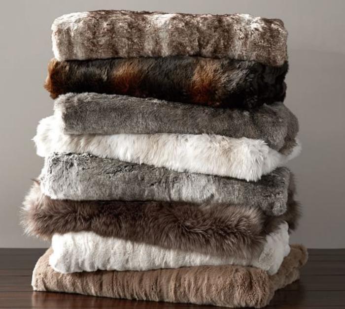 plaid-fausse-fourrure-différentes-couvertures-en-fausse-fourrure