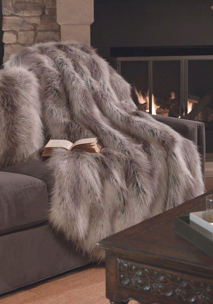 plaid-fausse-fourrure-confort-et-style-pour-l'hiver