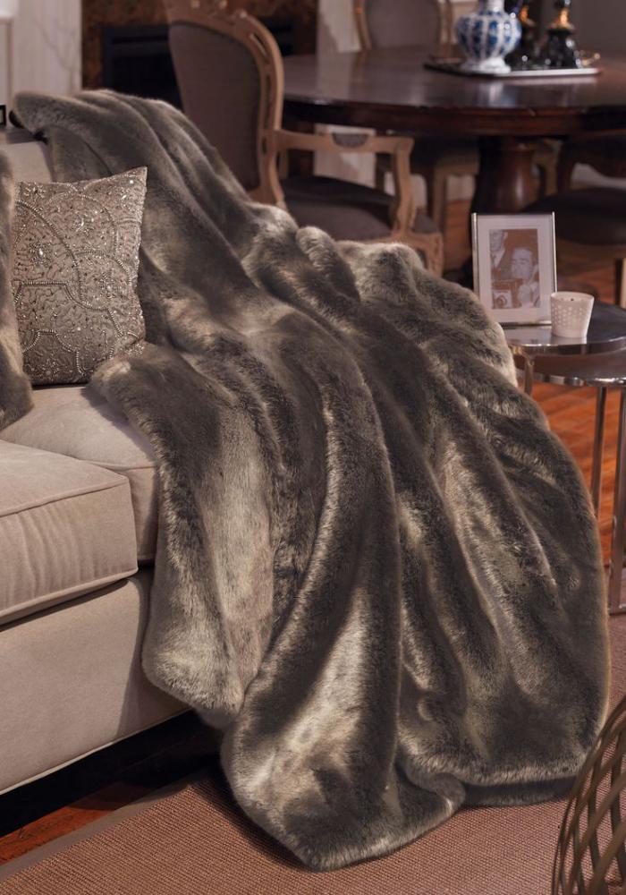plaid-fausse-fourrure-couverture-oversize-plaide-de-canapé