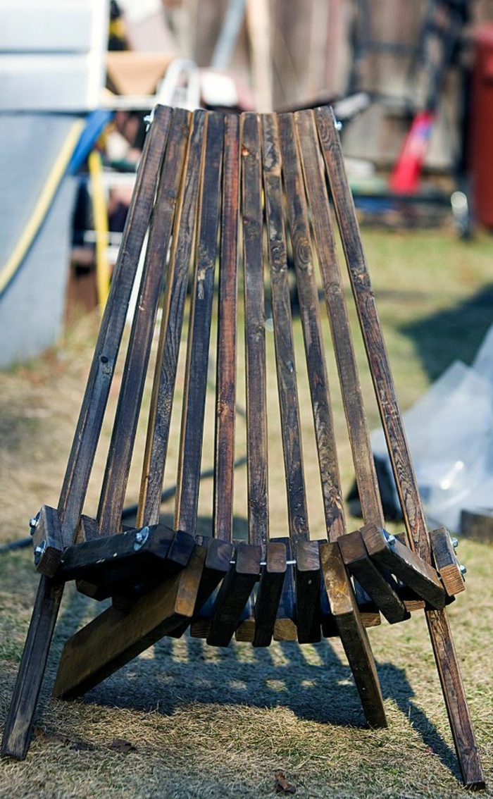 pompeux-table-a-manger-chaise-ikea-chaise-pliante-extérieur-jardin-bois