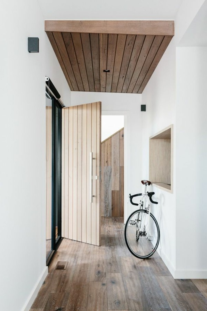 porte-entree-lapeyre-porte-d-entréе-hormann-sol-en-planchers-en-bois-foncé