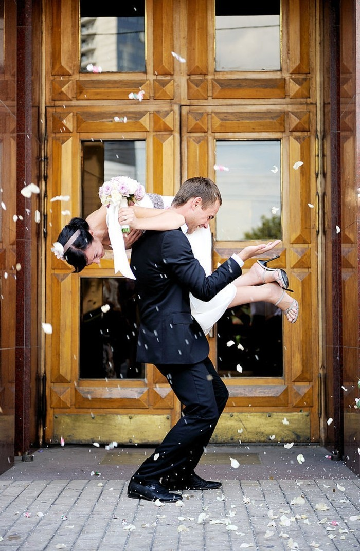 pose-photo-mariage-photo-mariage-original-photo-amour-coutumes
