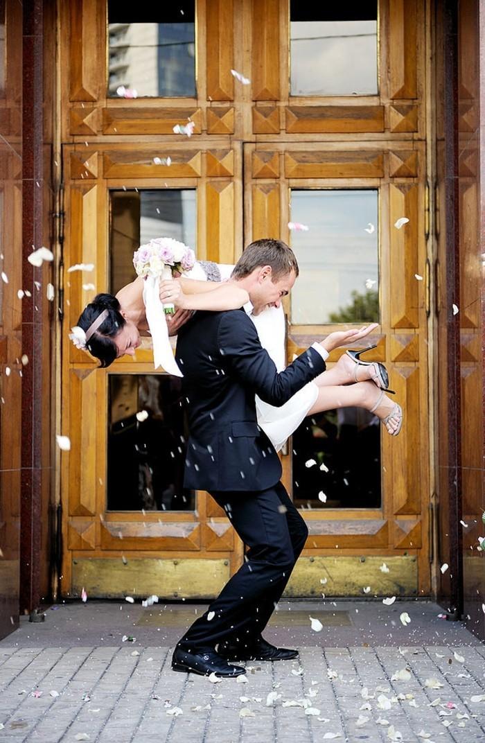 pose-photo-mariage-photo-mariage-original-photo-amour-coutumes